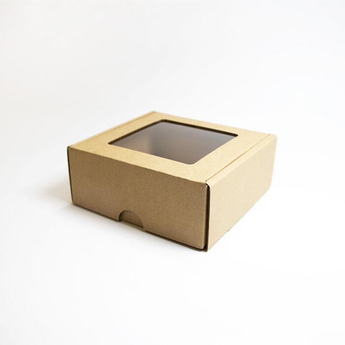 Kartona kastīte ar lodziņu nr1