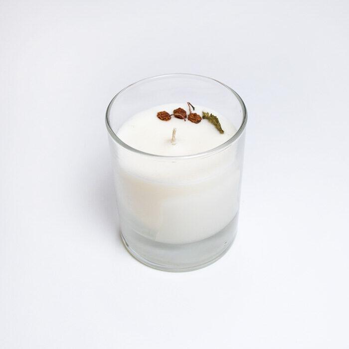 Sojas vaska svece glāzē